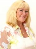 Bobbi Warren